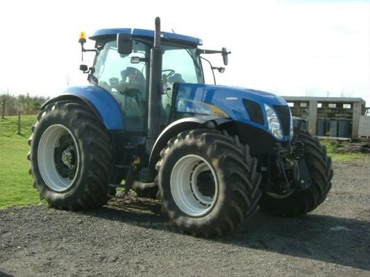 Chapman Agricultural Limited - New Holland T7070