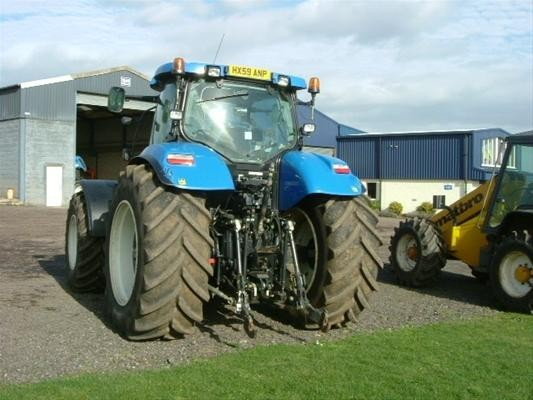 Chapman Agricultural Limited New Holland T7070